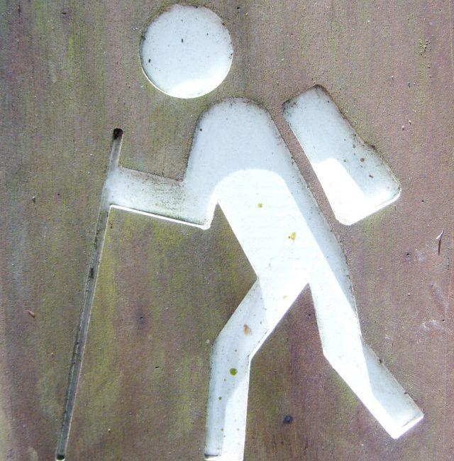 caminar es un buen deporte que reporta salud fisica Fuente imagen ww.sxc.hu