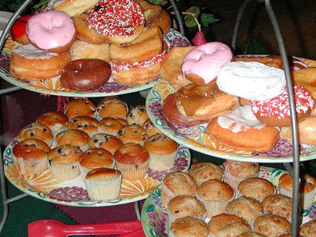 Comer 100 calorias menos te hace bajar de peso. Fuente imagen www.sxc.hu/