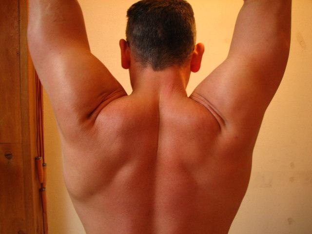 Electroestimulacion y electroestimuladores para el dolor de espalda. Fuente imagen www.sxc.hu/