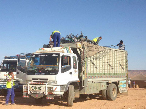 Camión escoba Titan Desert