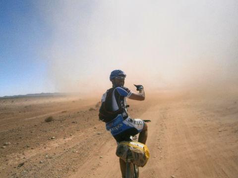 Remoino 4 Titan Desert