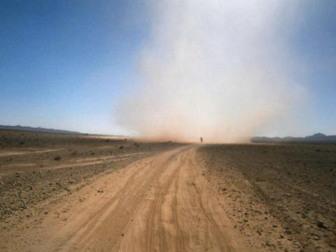 remolino 2 en la Titán desert