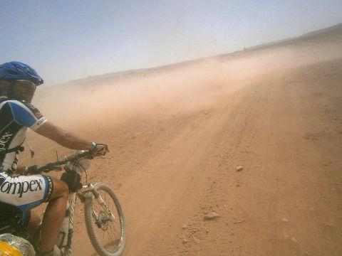 remolino 5 Titán Desert
