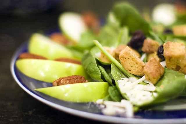 Comer poco para perder peso